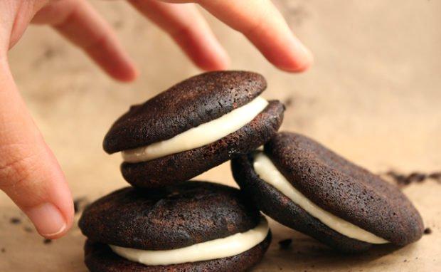 oreo esque protein cookies